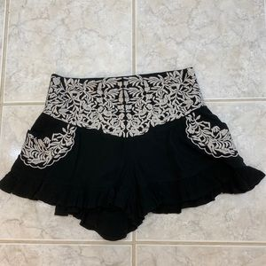 Angel Biba Womens Shorts Size 8 Black/White